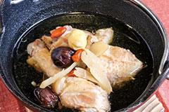 生姜たっぷり若鶏薬膳スープ